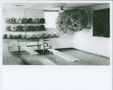 Buckminster Fuller's architecture classroom, Black Mountain College, 1949 Summer Institute. Second Snelson tensegrity structure to the right. Courtesy North Carolina State Archives.