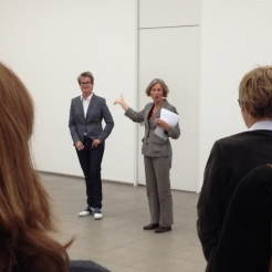 Annette Jael Lehmann and Gabriele Knapstein at Hamburger Bahnhof – Museum für Gegenwart – Berlin introducing the cooperative workshop (02.05.2014)