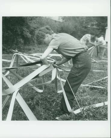Elaine de Kooning and Buckminster Fuller's Venetian Blind Strip Dome, 1948 Summer Session in the Arts, Black Mountain College. Photo by Trude Guermonprez (1910-1976). Courtesy Western Regional. Archives