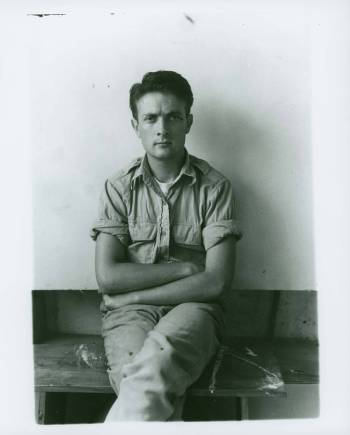 Kenneth Noland at Black_Mountain_College © Black Mountain College Research Project. North Carolina Museum of Art. Western Regional Archives
