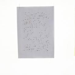 """PERFORMING the Black Mountain ARCHIVE, Daniela Takeva, Hängung, in der Ausstellung """"Black Mountain. Ein interdisziplinäres Experiment 1933-57"""", Hamburger Bahnhof - Museum für Gegenwart - Berlin. Courtesy: Daniela Takeva."""