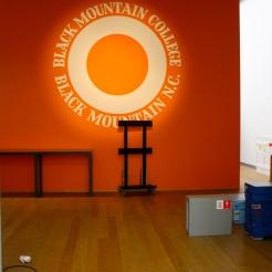 """Deinstalling of the exhibition """"Black Mountain. Ein interdisziplinäres Experiment 1933-57"""", Hamburger Bahnhof - Museum für Gegenwart - Berlin."""